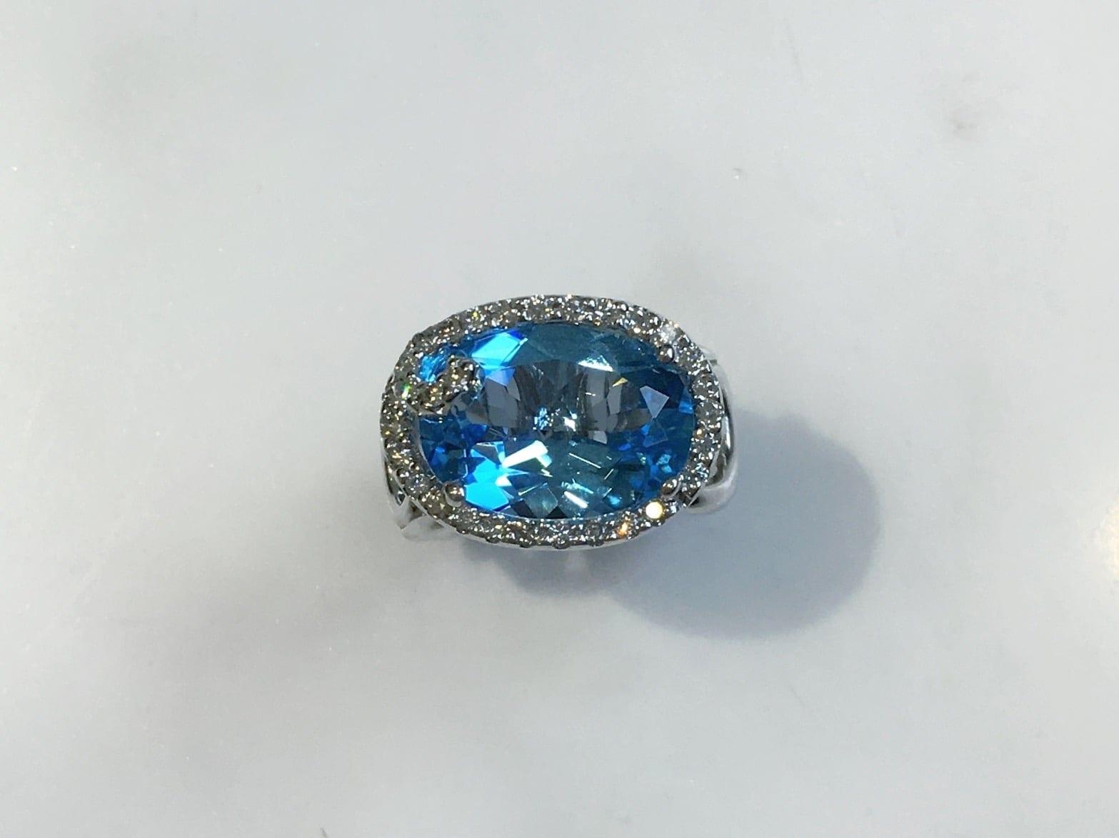 17080-gabriel-14kt-white-gold-blue-topaz-6.90ct-&-diamond-.37ctw-1