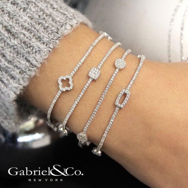 20577-Gabriel-14k-White-Gold-Lusso-Diamond 1.43ctw Clover Style Tennis-Bracelet_TB3900W45JJ-