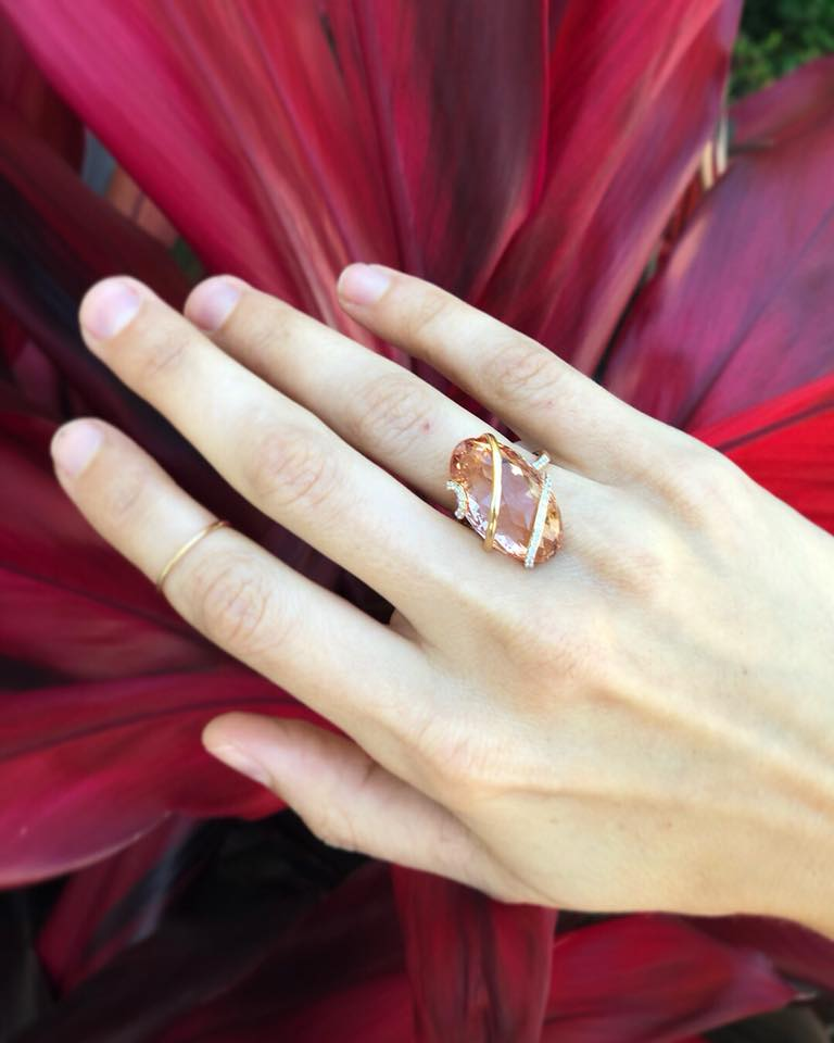 22091-18kt rose gold 22.28ct morganite & .31ctw diamond ring
