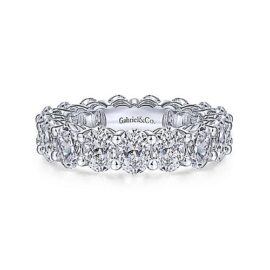 oval diamond 5.90 carats G-H - SI eternity band