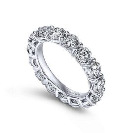 prong set round diamond eternity band 4.94 carats
