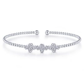 24632 - diamond .60ctw tri clover Gabriel-14K-White-Gold-Fashion-Bangle_BG4115-65W45JJ-1