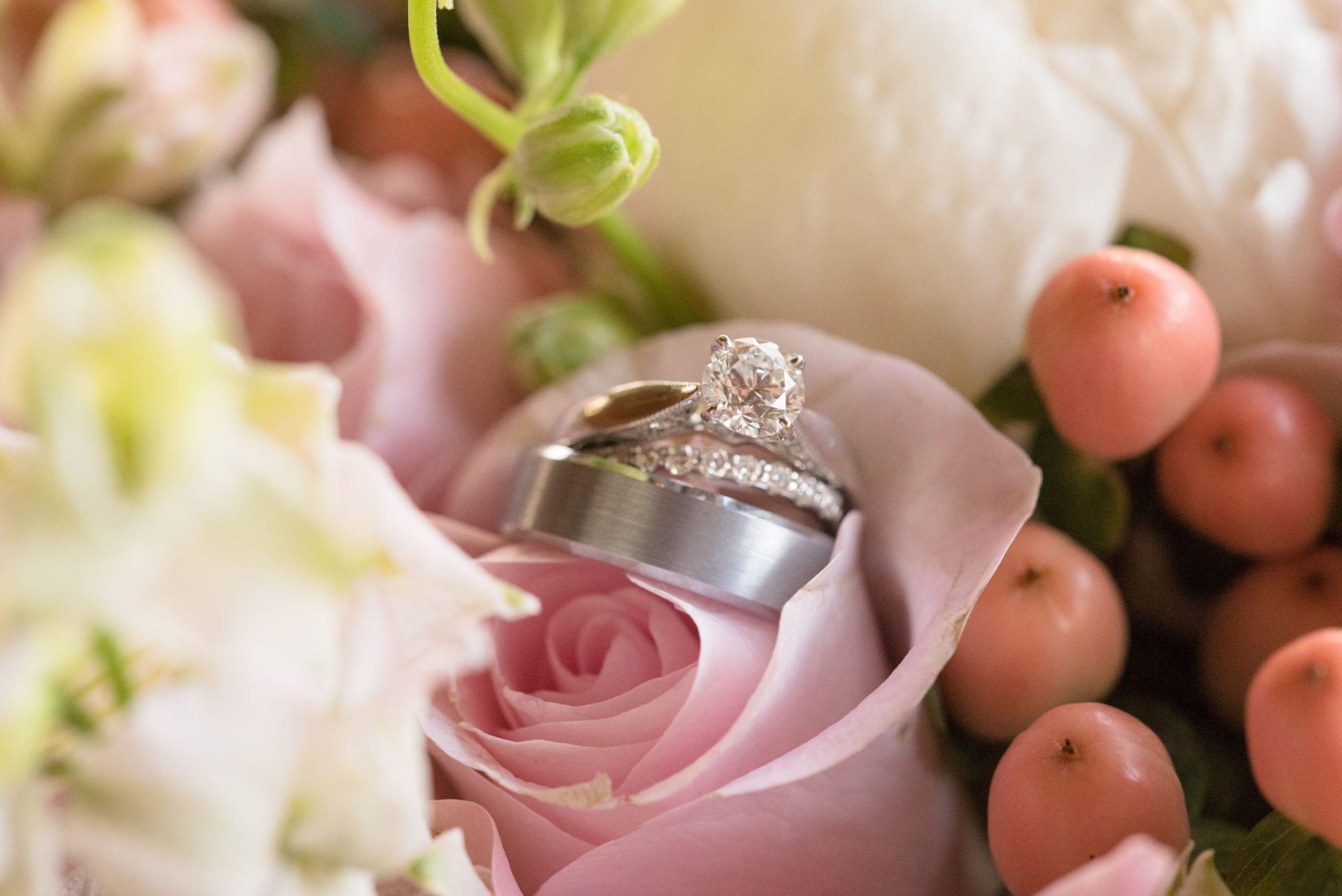 diamond wedding set on a rose jan 2019
