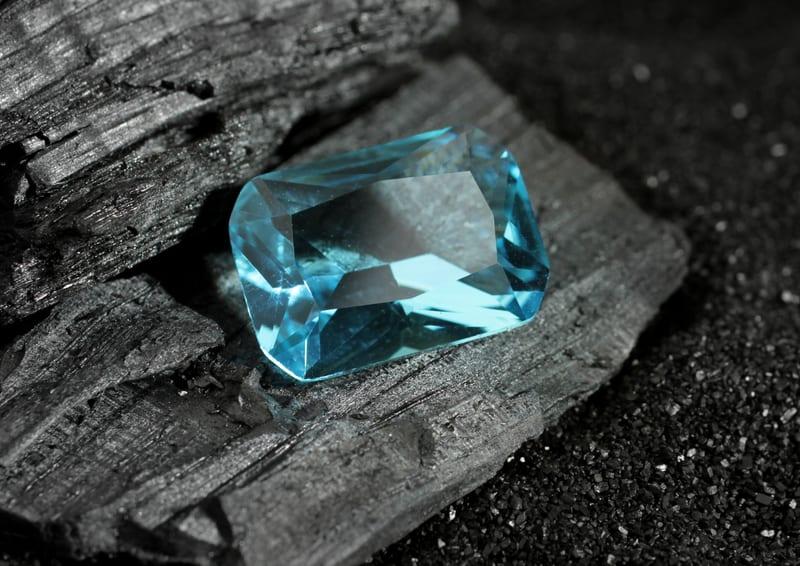 aquamarine gemstone of the month march 14 2020