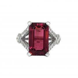25906 14kt white gold emerald cut rubelite 9.44 ct & carre dia .30 ctw & rbc dia .31 ctw split shank ring