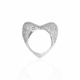 2777 - 14kt white gold diamond 2.40ctw heart ring