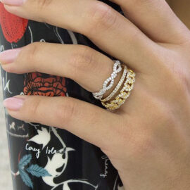 stackable chain link ring with diamonds