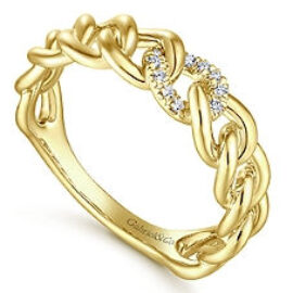 14kt yellow gold chain link ring with diamonds