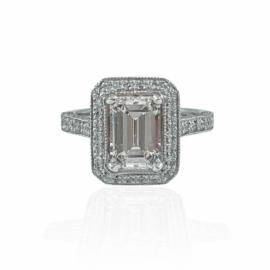 custom emerald cut diamond mounting