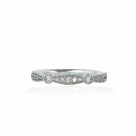 .23ctw curved milgrain diamond band