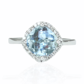 25776 14kt white gold oval aquamarine 1.72ct & diamond .13ctw ring