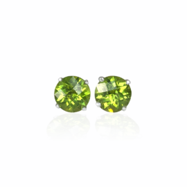 25778 front 14kt white gold round peridot 3.18ct stud earrings