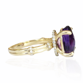 25904 side oval amethyst 4.56ct & diamond .15ctw ring